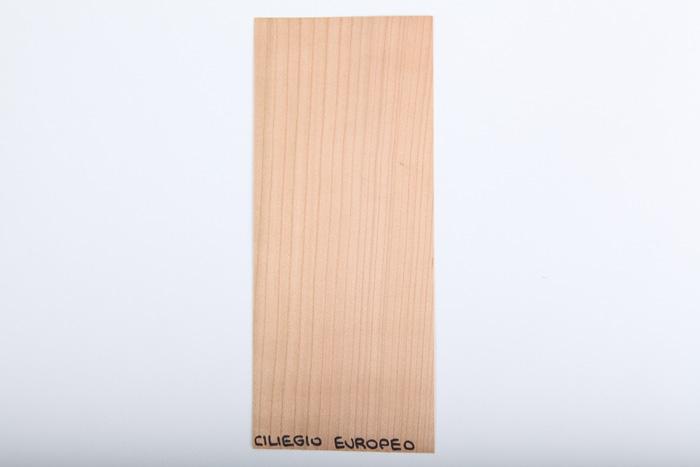 Bordo in legno ciliegio-europeo essenza