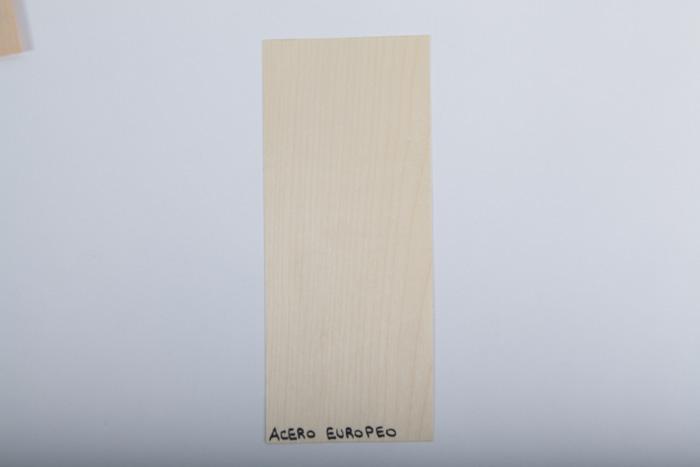 Bordo in legno acero-europeo essenza